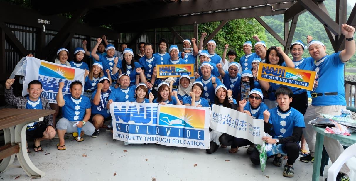 BLUE SANTA「青いサンタクロースになってみんなでゴミ拾いしよう!」開催報告