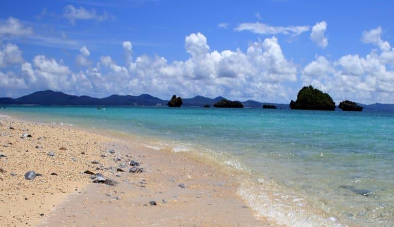 「万座ビーチ海開き」・「フサキビーチで海開き」開催のお知らせ
